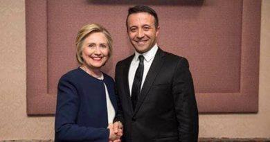Agostino Sibillo e Hillary Clinton-2